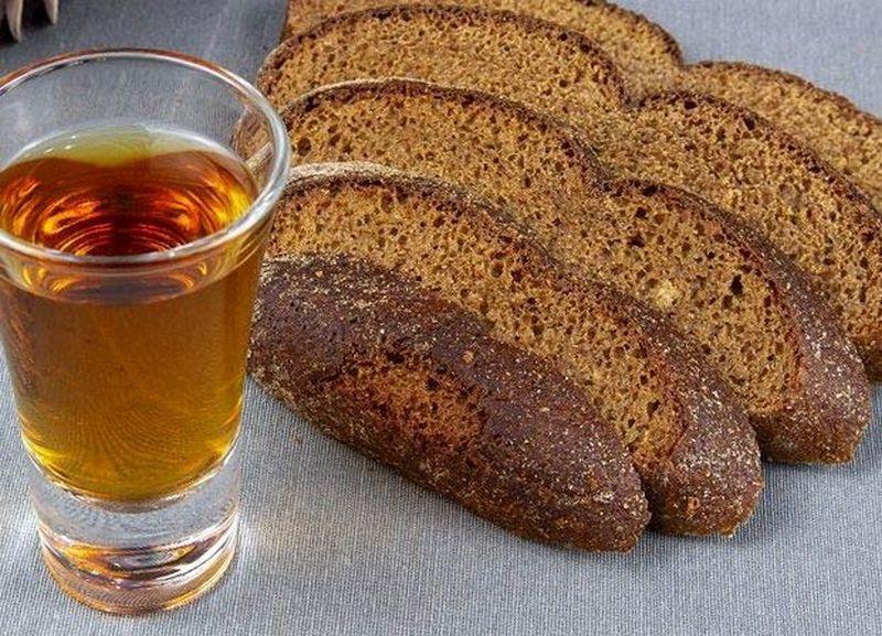 настойка бородинская на хлебе