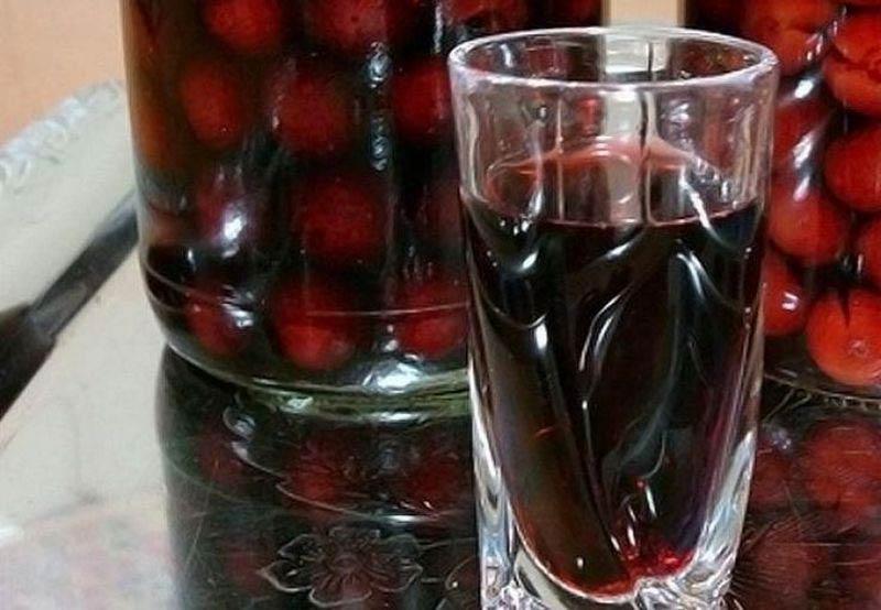 наливка из ягод вишни