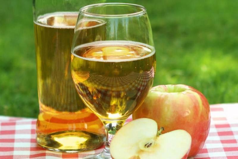 классическе яблочное вино
